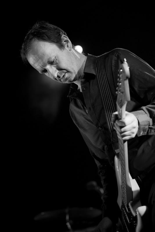 Geoffrey Burton, Gitarrist Sophie Hunger