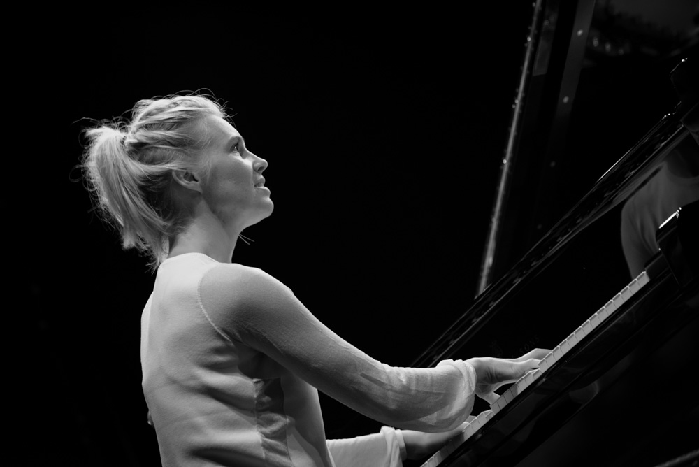 Julia Kadel Trio (2016) (1)